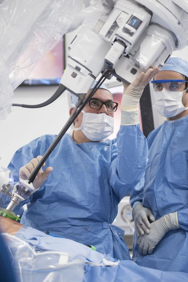 Cleveland Clinic First In The Us To Perform Prostate Surgery Using
