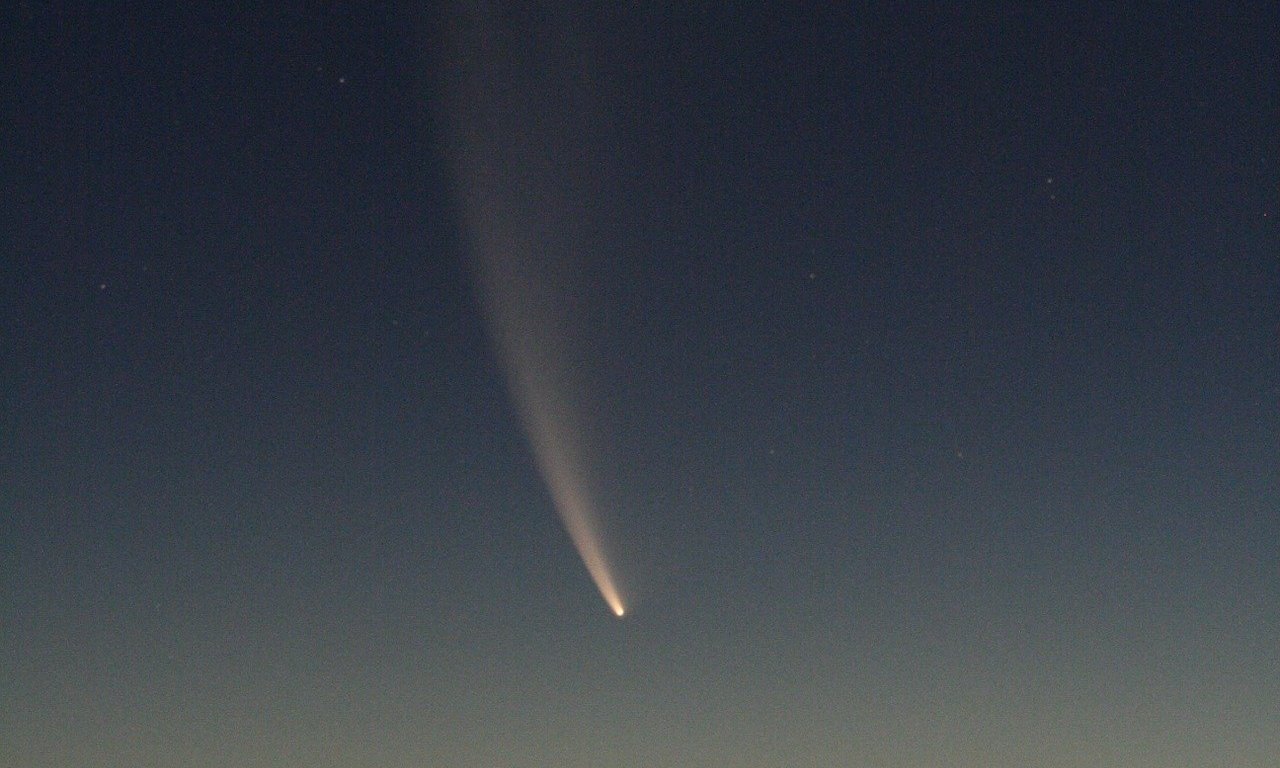 Study shows comets impacted start of life on earth