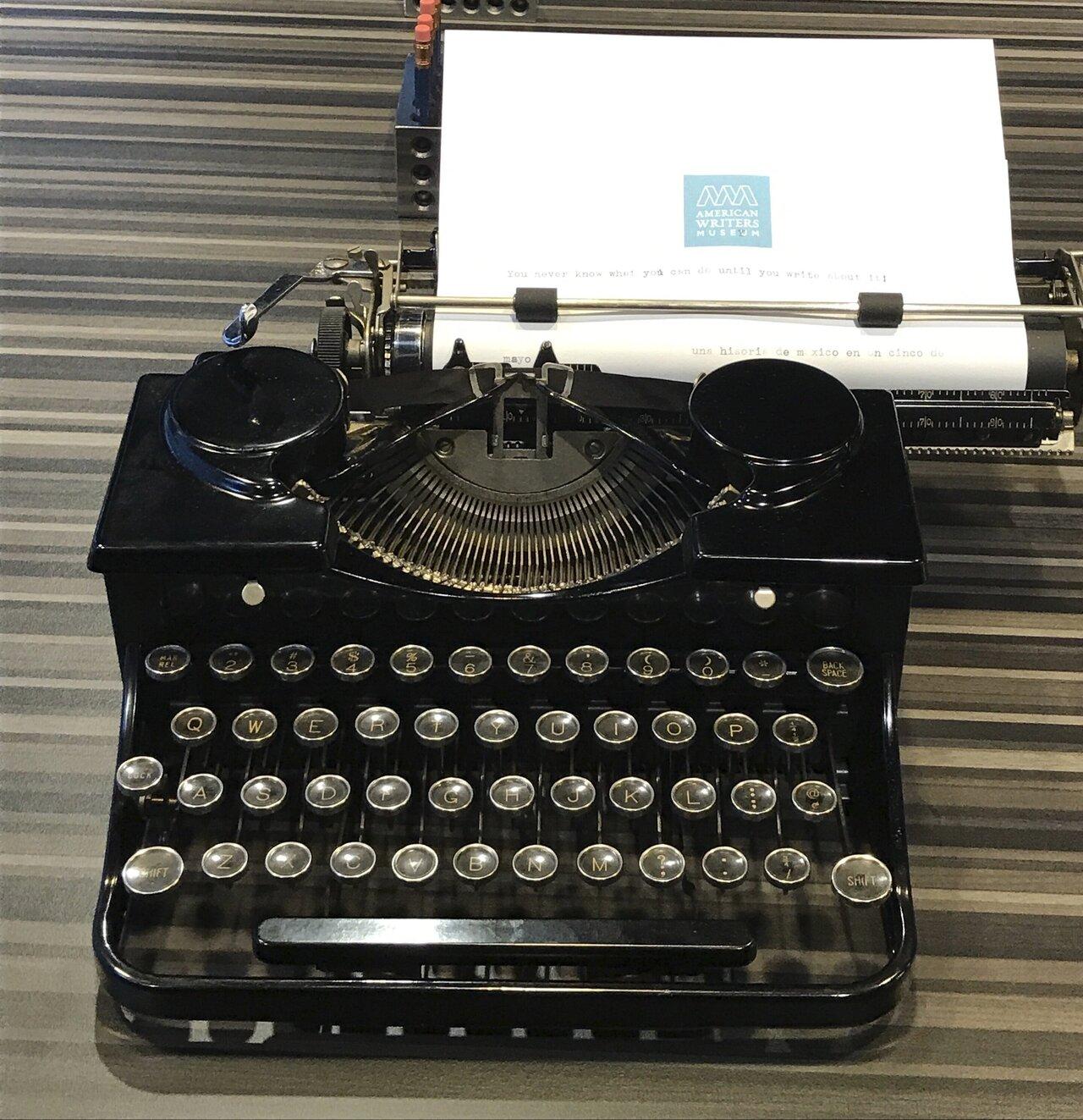 Vintage TYPEWRITER Keys Lot 50 Keys Lot 14 Charms Craft Supplies ...