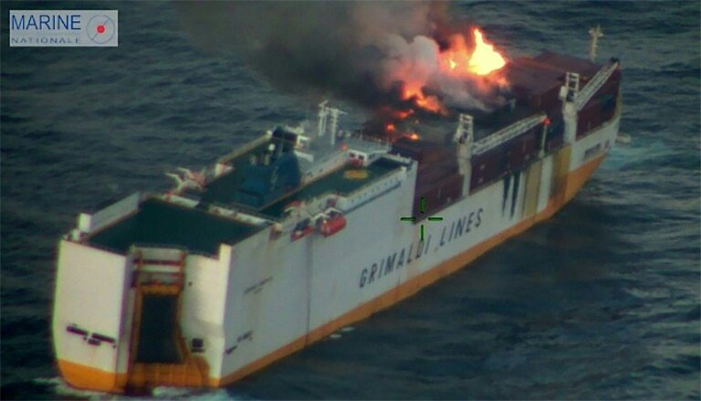 Italian Cargo Ship Sinks Off France S Atlantic Coast After Fire
