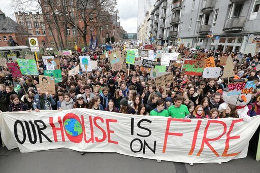 I Want Snow For Christmas Students Demand Climate Action