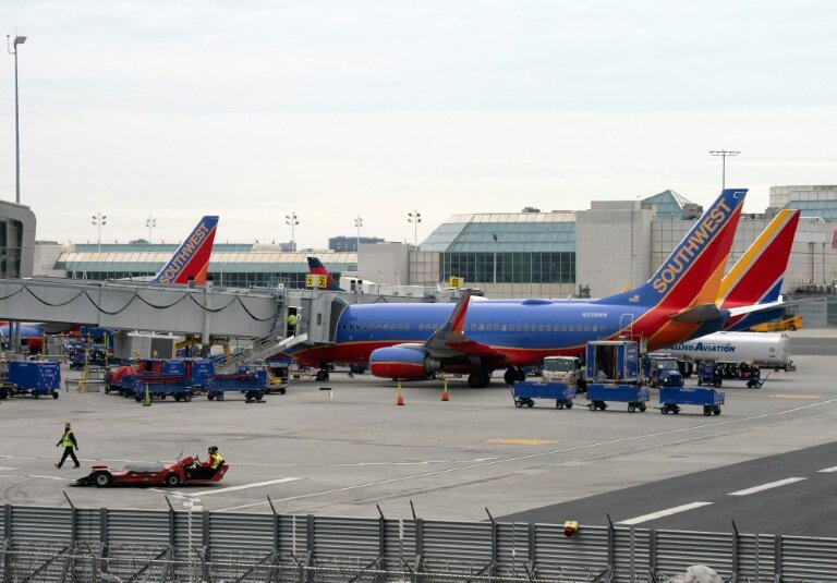 Data Glitch Delays Flights At Several US Carriers