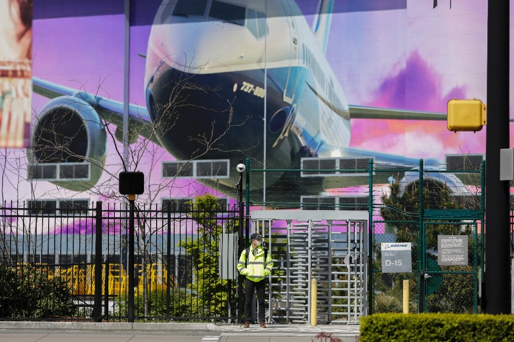 Image of article 'Boeing to lay off 10% of workers in civil aviation: sources'
