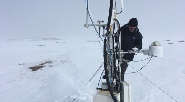 In the Arctic, spring snowmelt triggers fresh carbon dioxide production