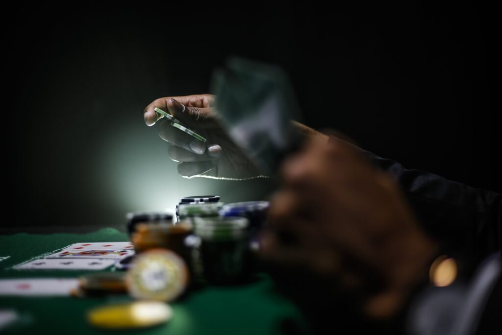 Study Finds Gamblers Ignore Important Information When Placing Bet