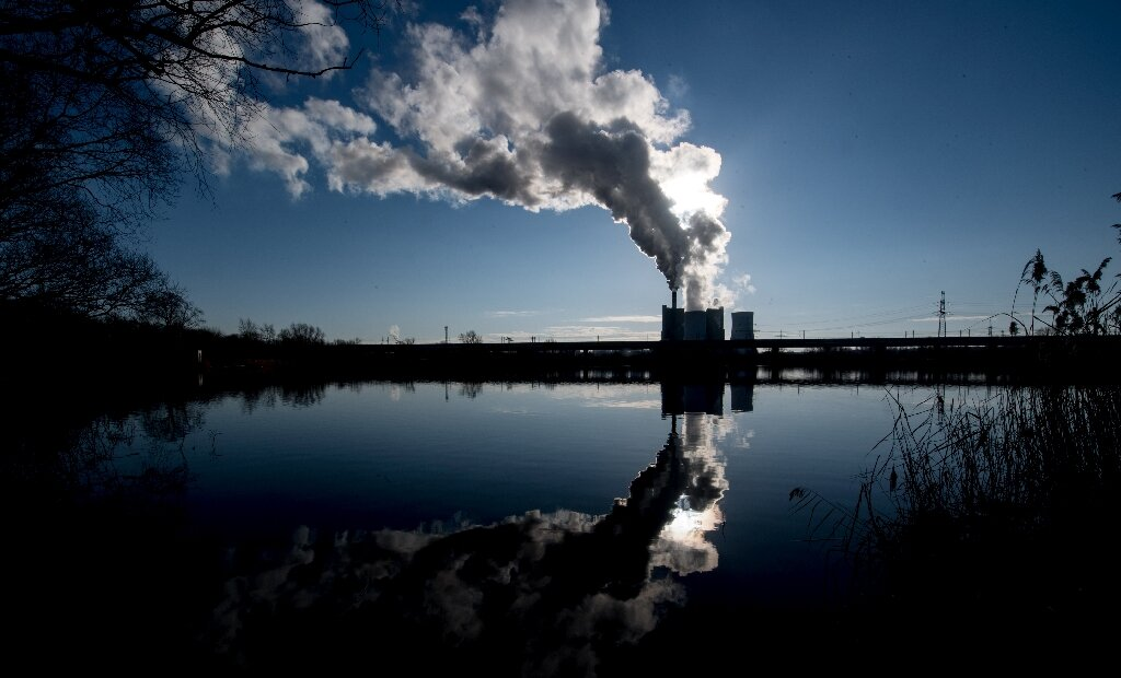 Carbon emissions from energy 'flat' in 2019: IEA