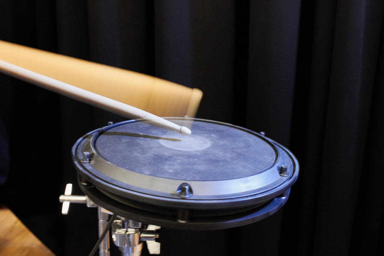 The rhythm of change: What a drum-beat experiment reveals about cultural evolution - Phys.org