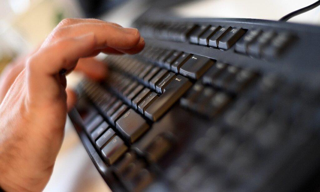 GoDaddy apologizes for fake Christmas bonus email security test