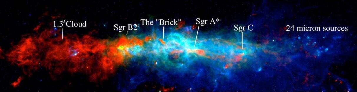 Cold dust cores in the central zone of the Milky Way