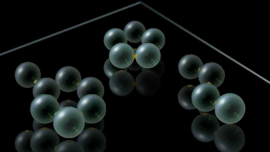 Micrometer-size molecular modeling kit shows real chemical reactions