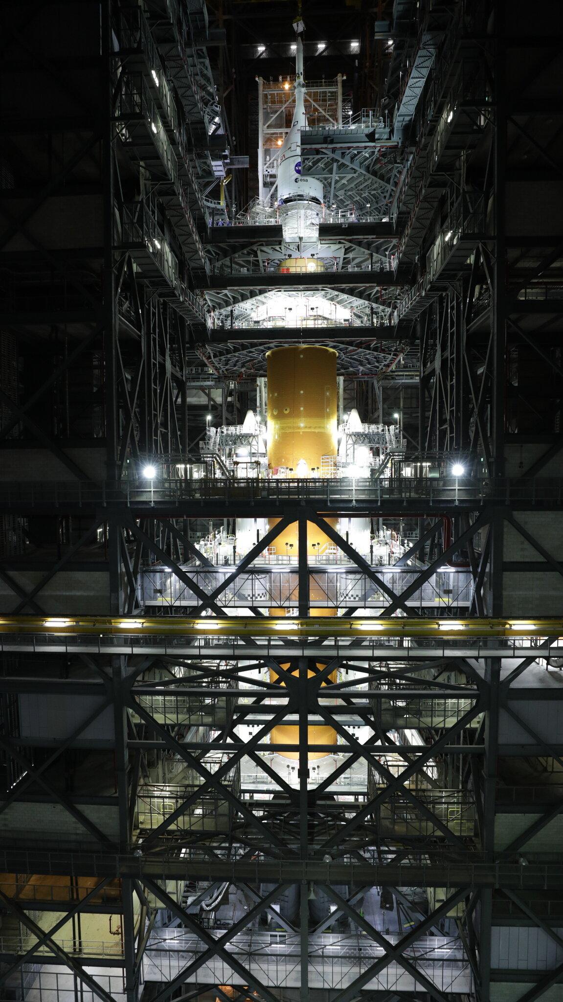 NASA completes mega-moon rocket stacking