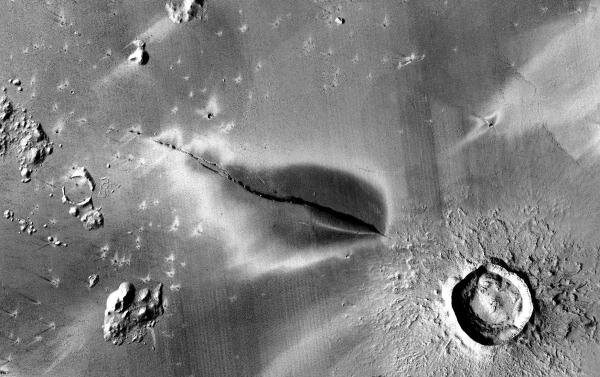 Volcanoes on Mars could be active, raising possibility of recent habitable conditions
