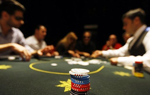 11 charged in US crackdown on online poker