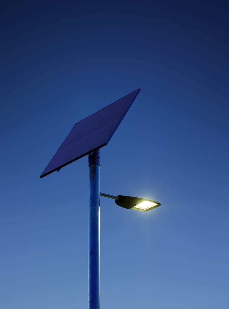 Philips Develops Efficient Solar Ed Led Street Lighting