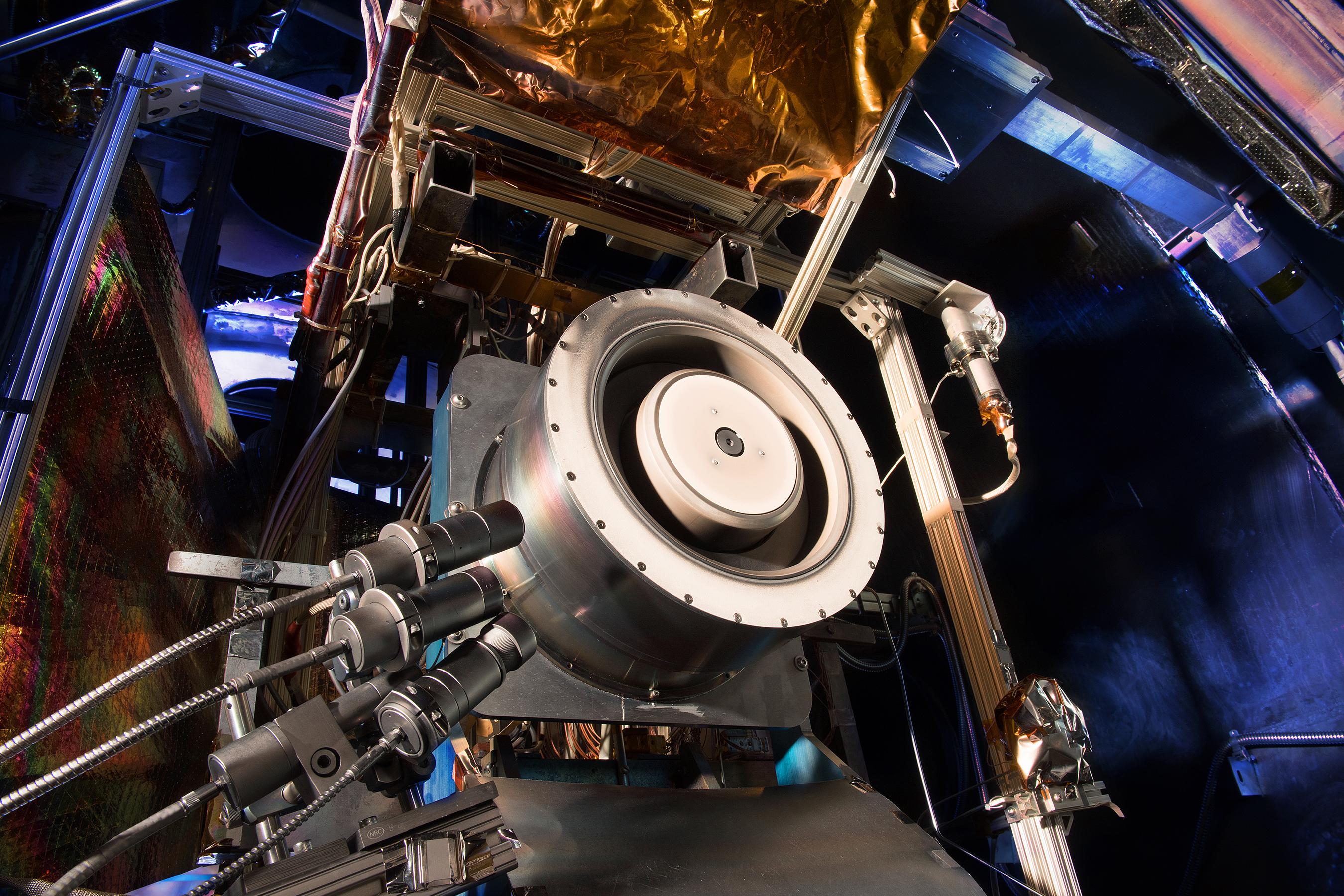 Image Solar Electric Propulsion Engine S Ionizing Hall Thruster