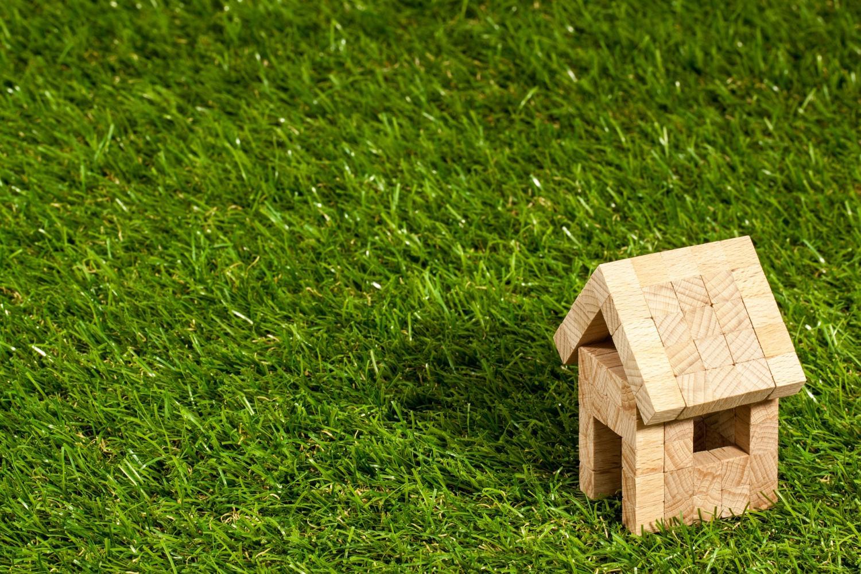 QnA VBage Global liquidity shocks impact house prices