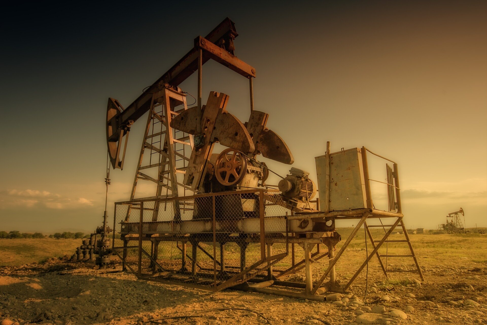 Limiting fossil fuel extraction to keep global warming below 1.5° C target