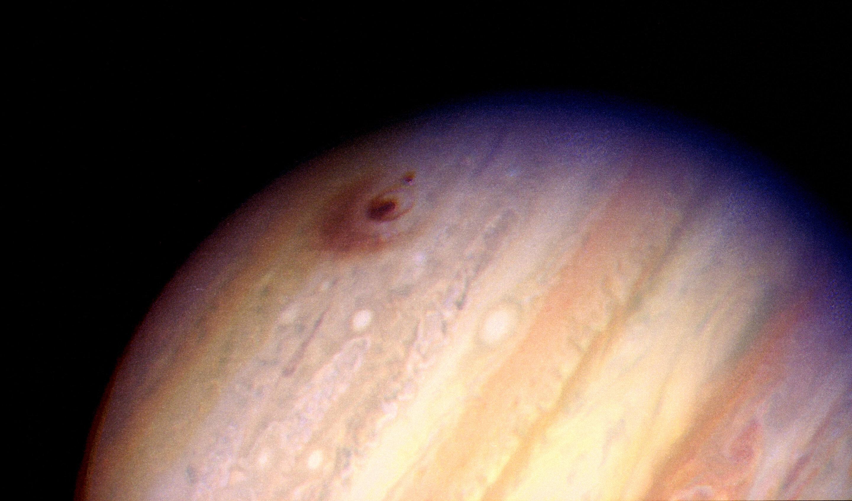 Something Big Just Slammed Into Jupiter | Gizmodo Australia