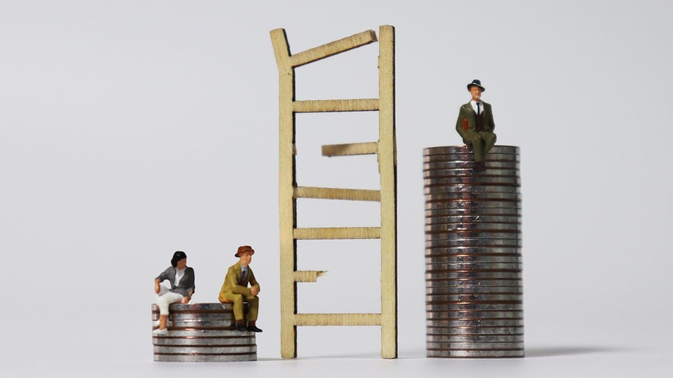 Social Distancing Varies by Income in U.S.