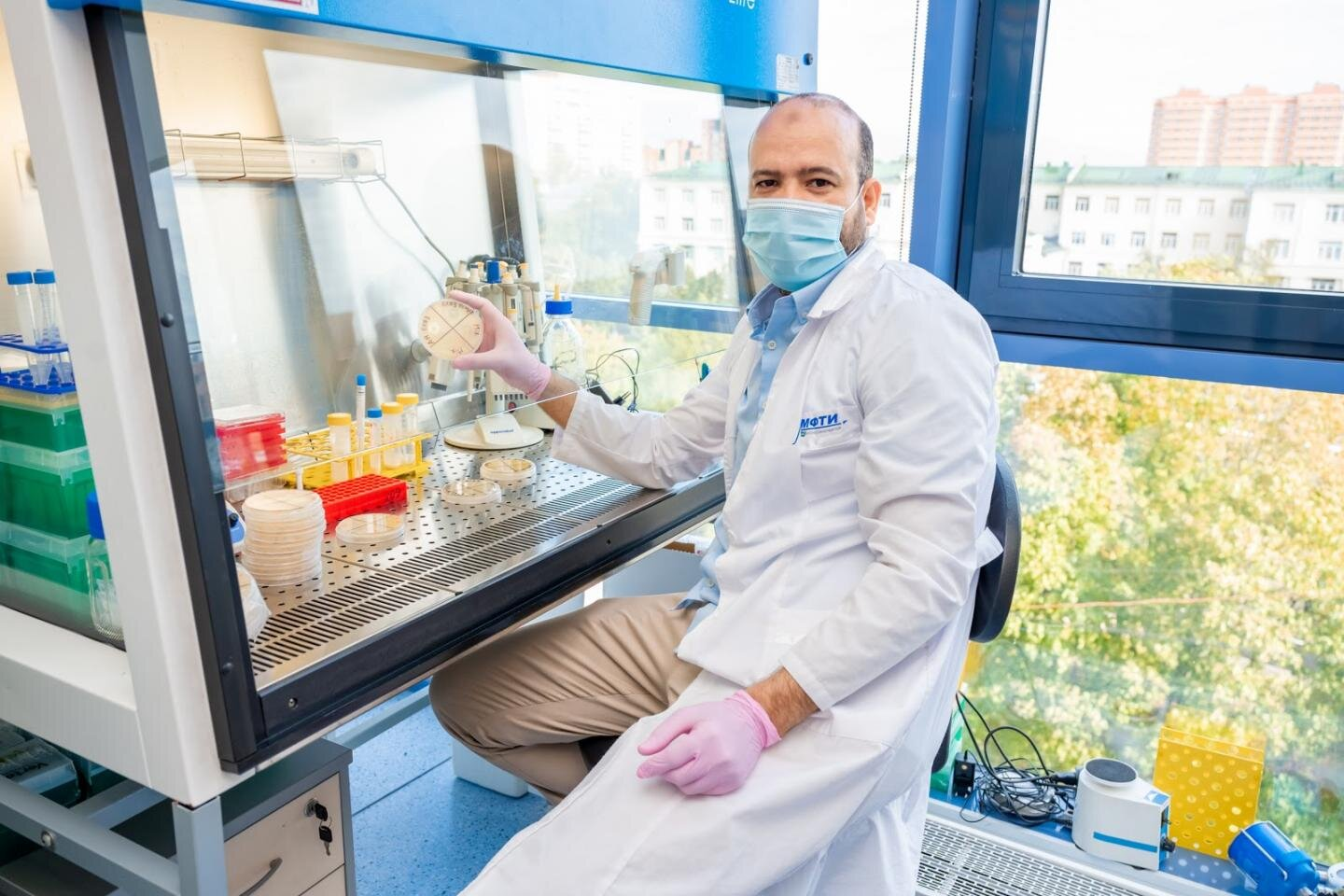 Fly larvae extract will replace antibiotics in fighting plant pathogens