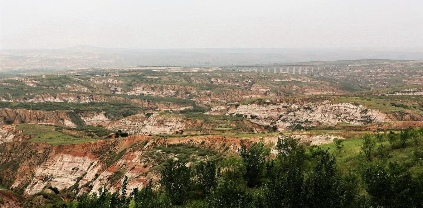 In northern China, scientists have found what may be the 2 billion-year-old birthmarks of Earth's first supercontinent