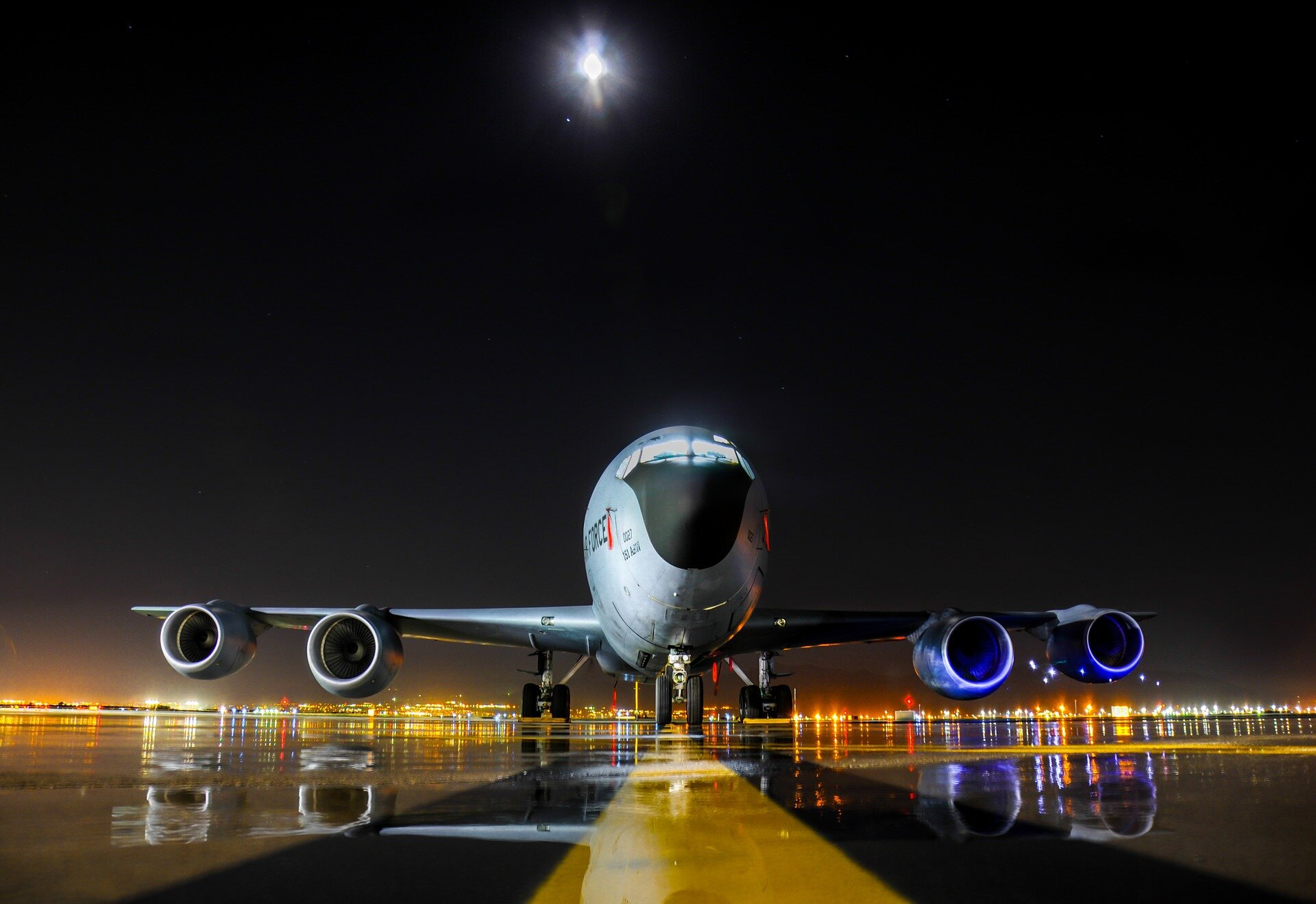 Synthetic oils from municipal waste offers hope of alternative jet fuels