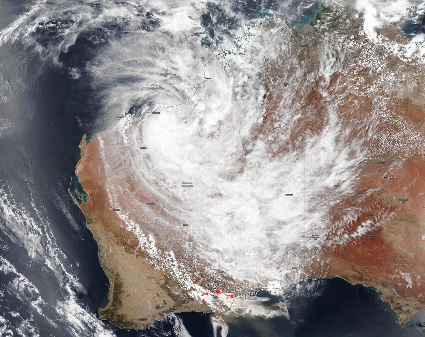 Nasa Noaa Satellite Catches Tropical Cyclone Blake And Western Australia Fires