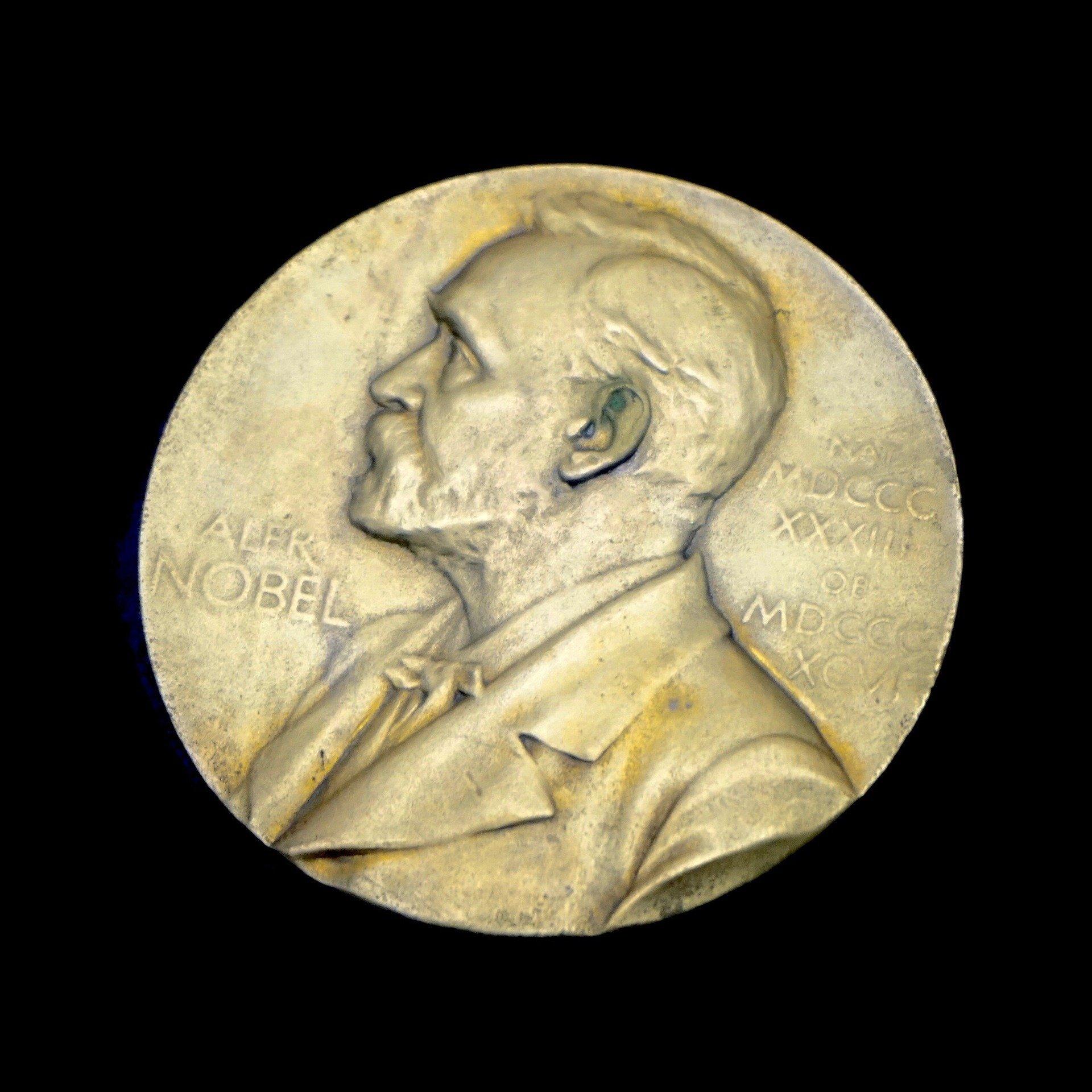 Nobel prizewinners have different career patterns than peers