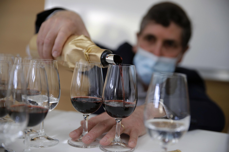 Tasters savor fine wine that orbited Earth