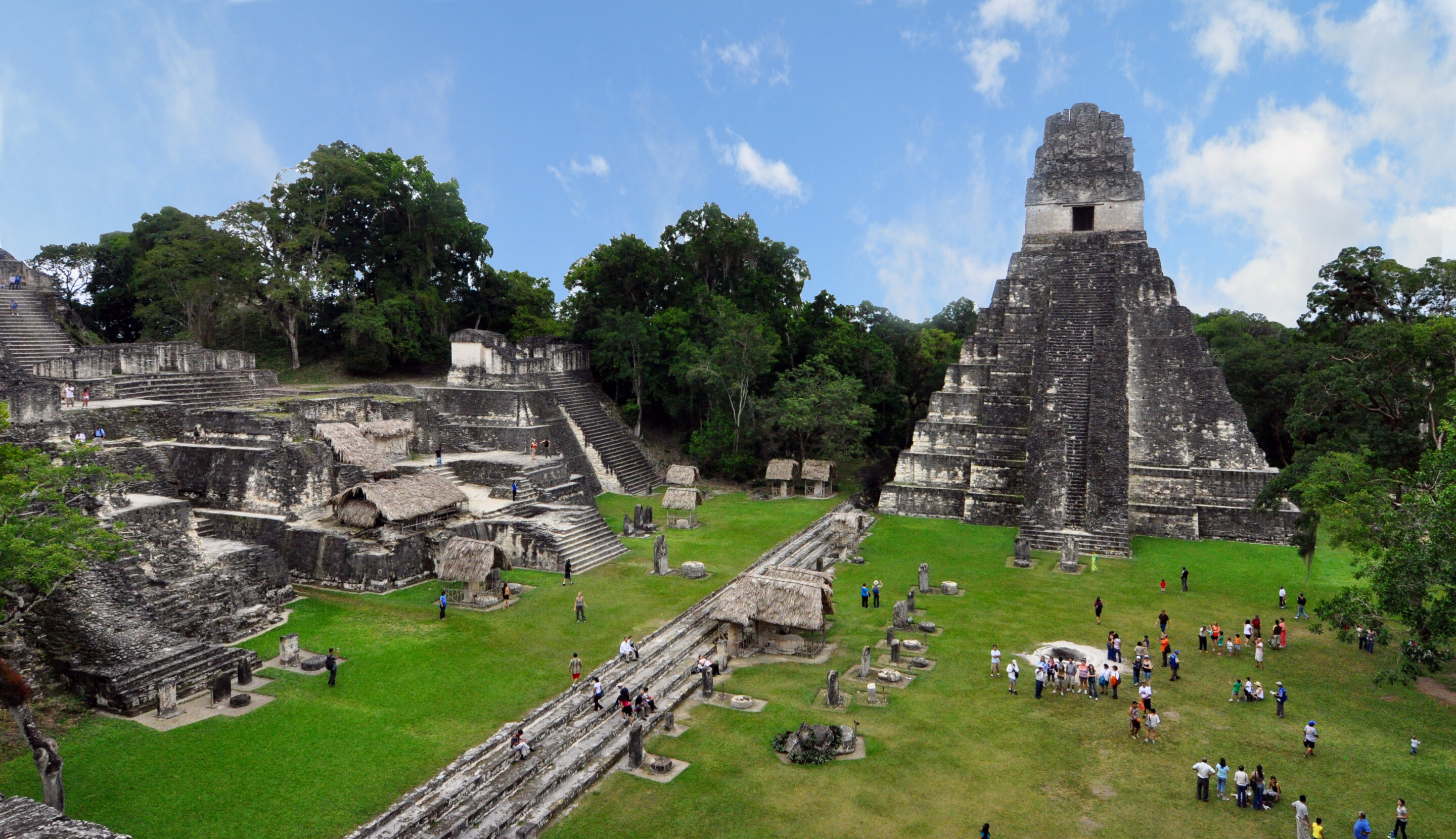 Maya rulers put their personal stamp on monumental complexes