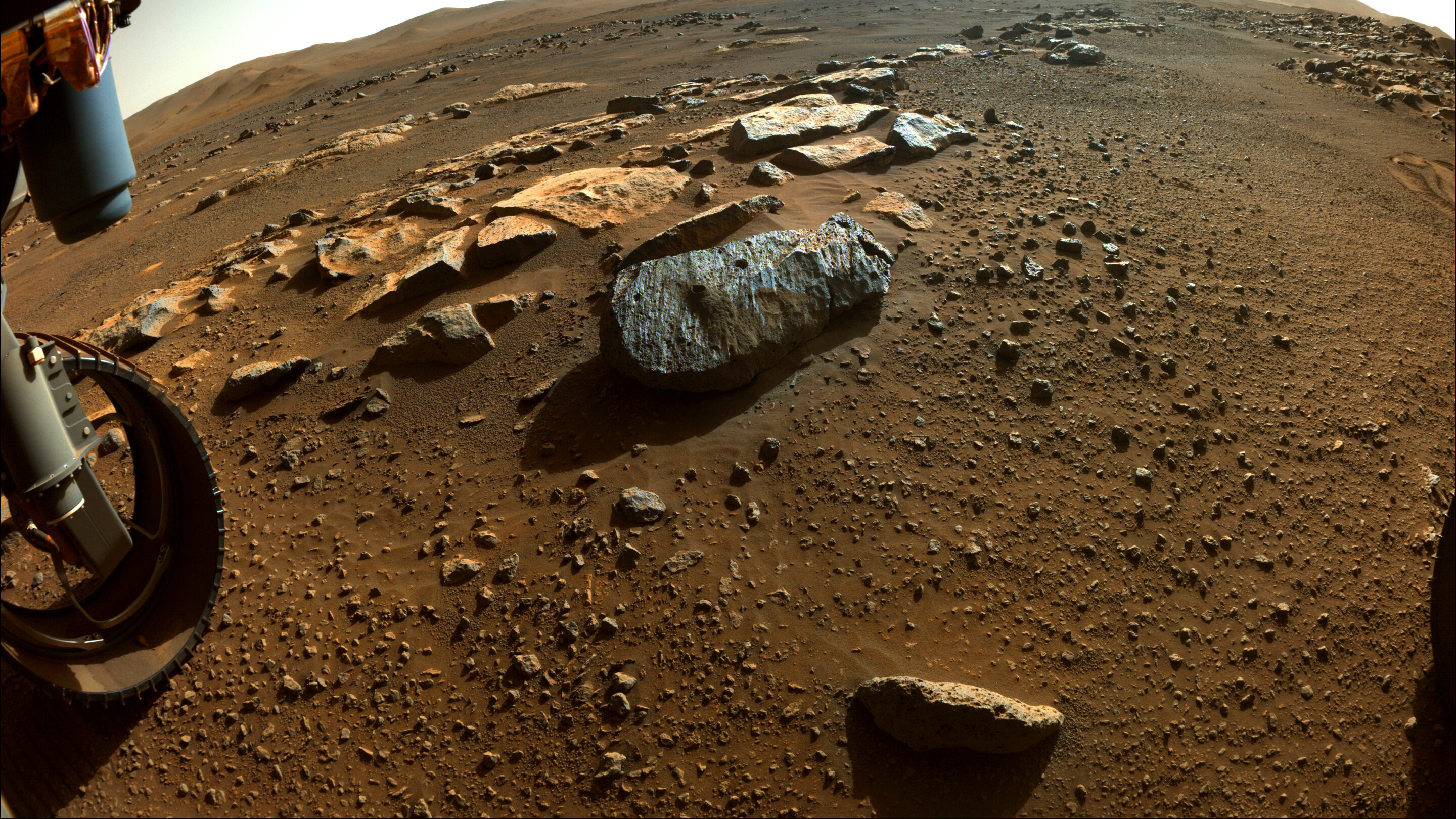 NASA's Perseverance rover collects puzzle items of Mars' historical past