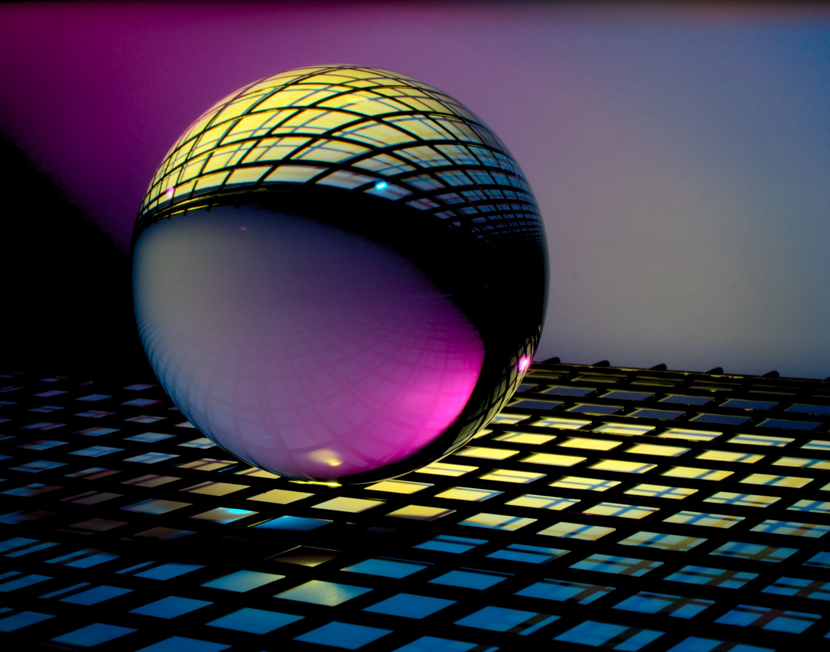 New invention keeps qubits of light stable at room temperature