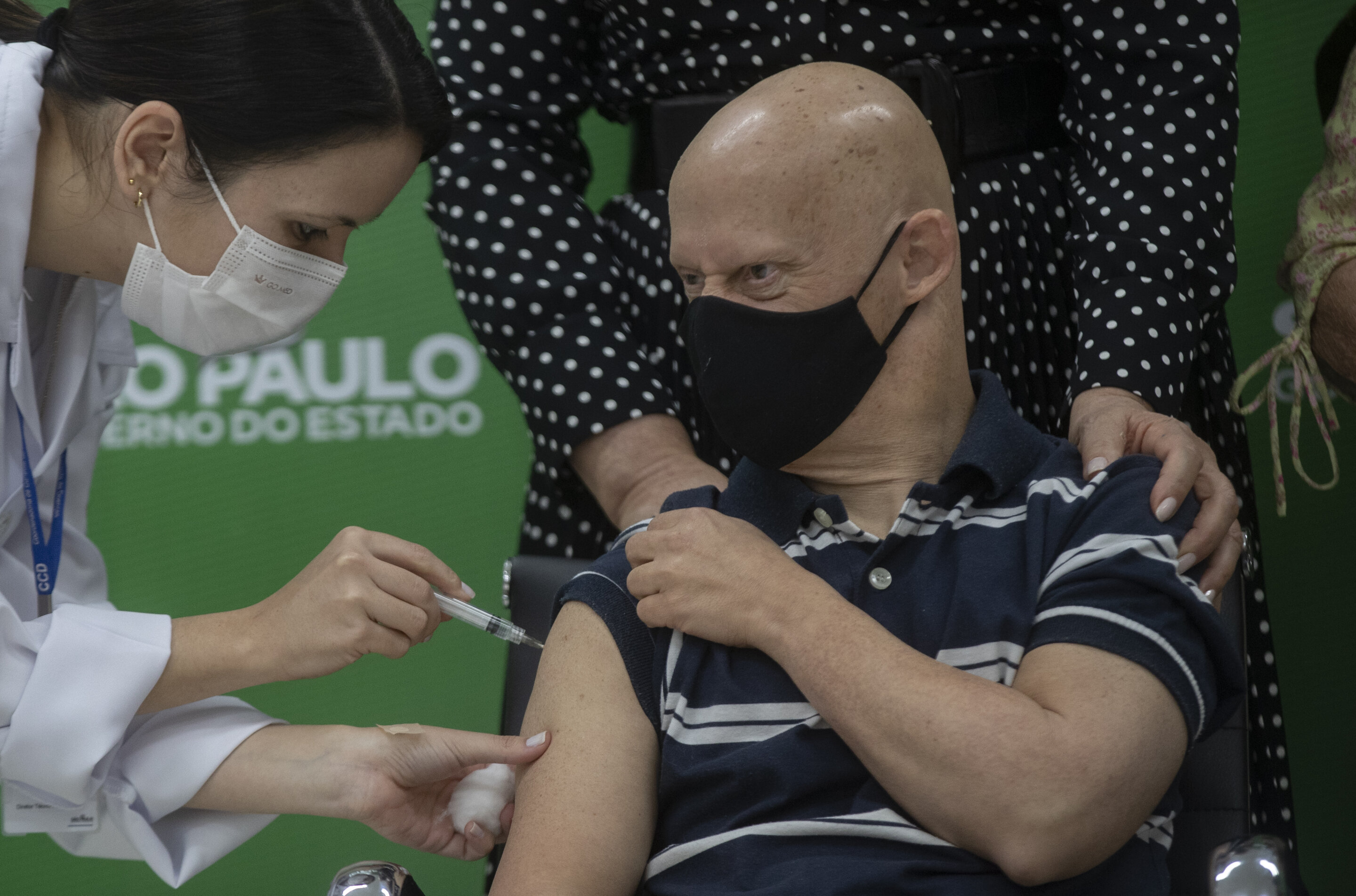 Sao Paulo authorities plead with China to release vaccines