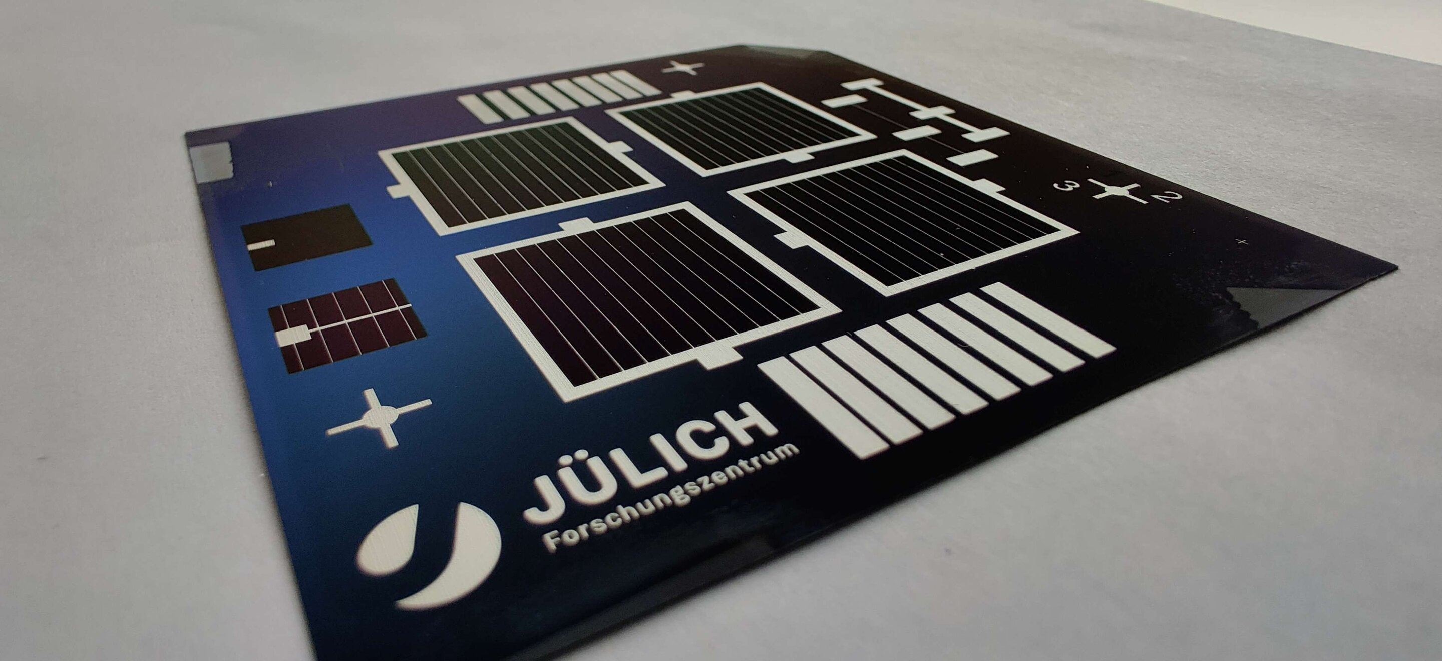 Transparent nanolayers pave the way for production of silicon solar cells with more than 26% efficiency