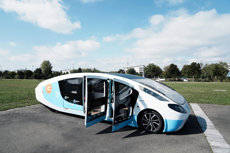 Van Life 2.0: Dutch students' road trip in solar mobile home